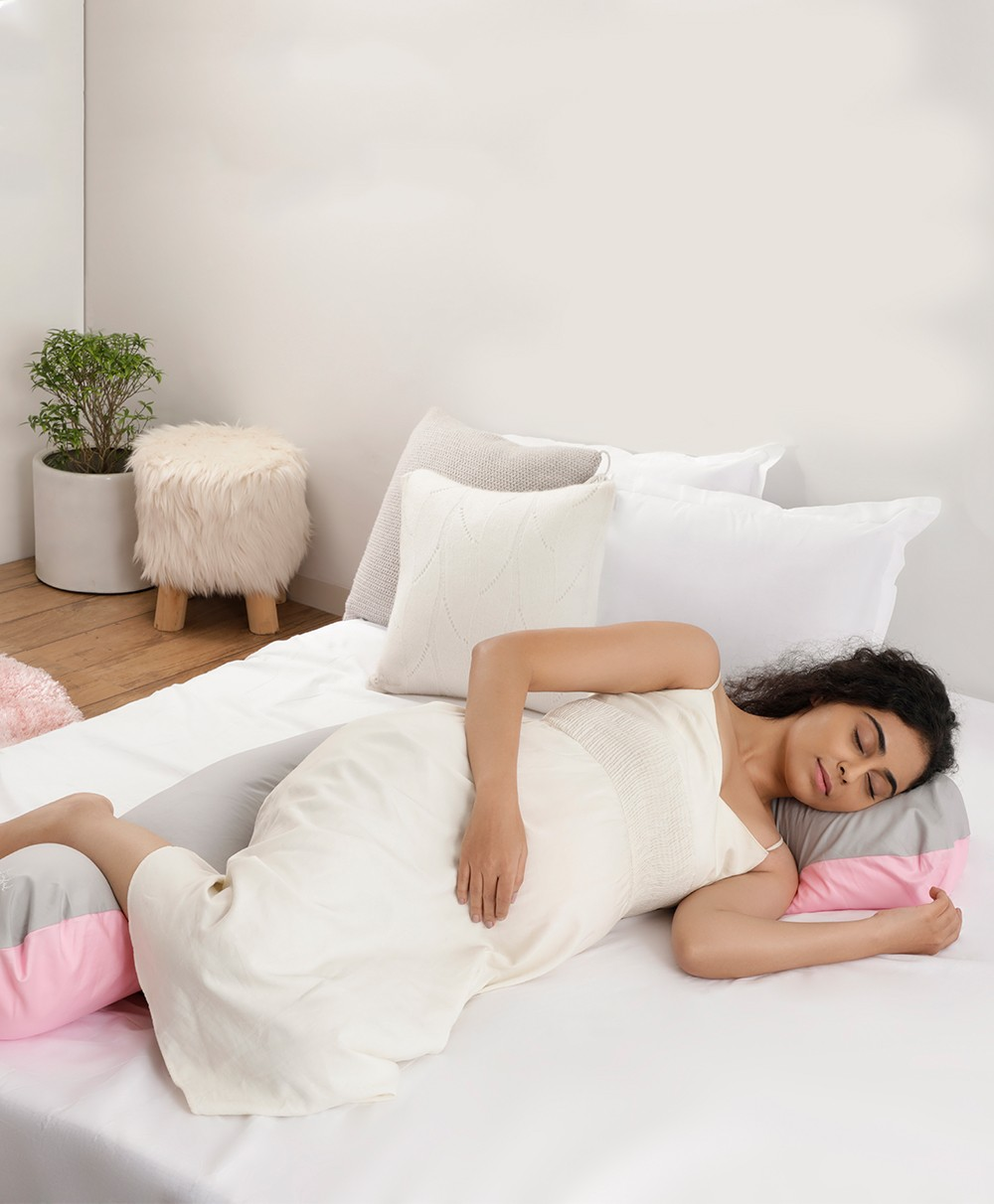 Day & Night Woven Pregnancy Pillow (PINK)