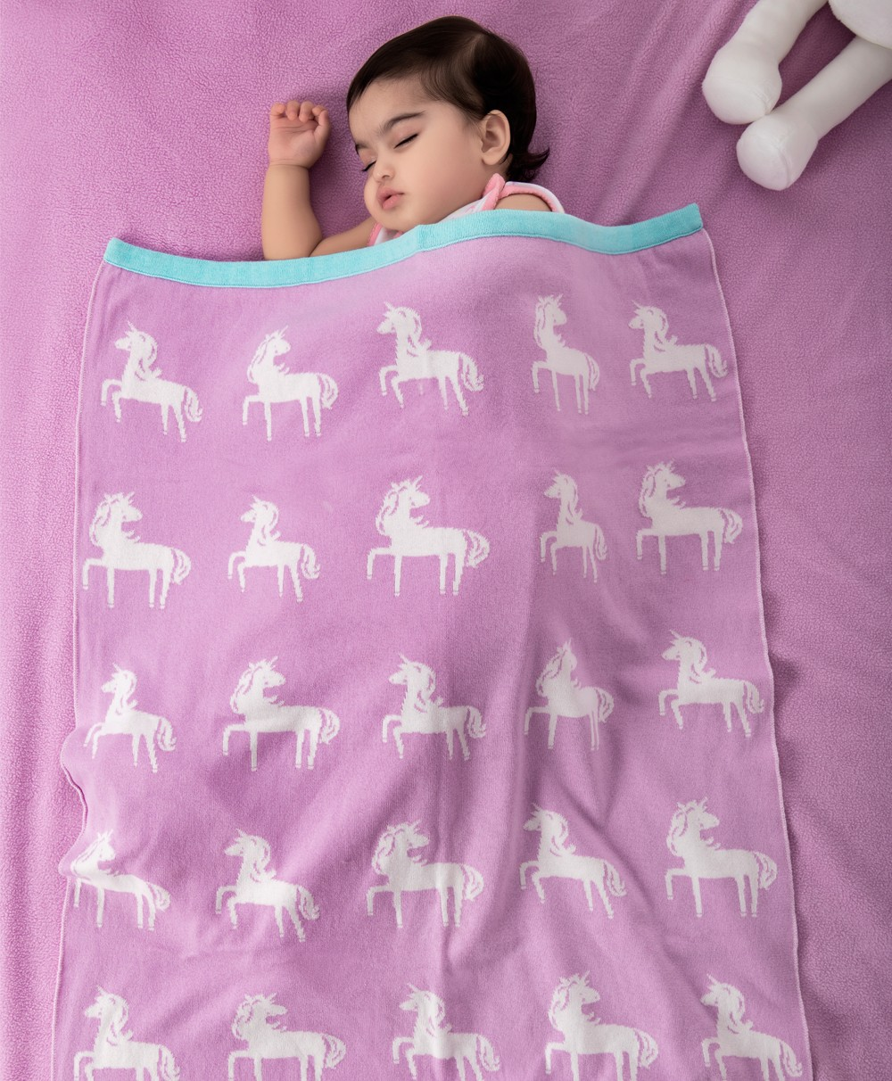Mini Me Knitted Blanket- Unicorn