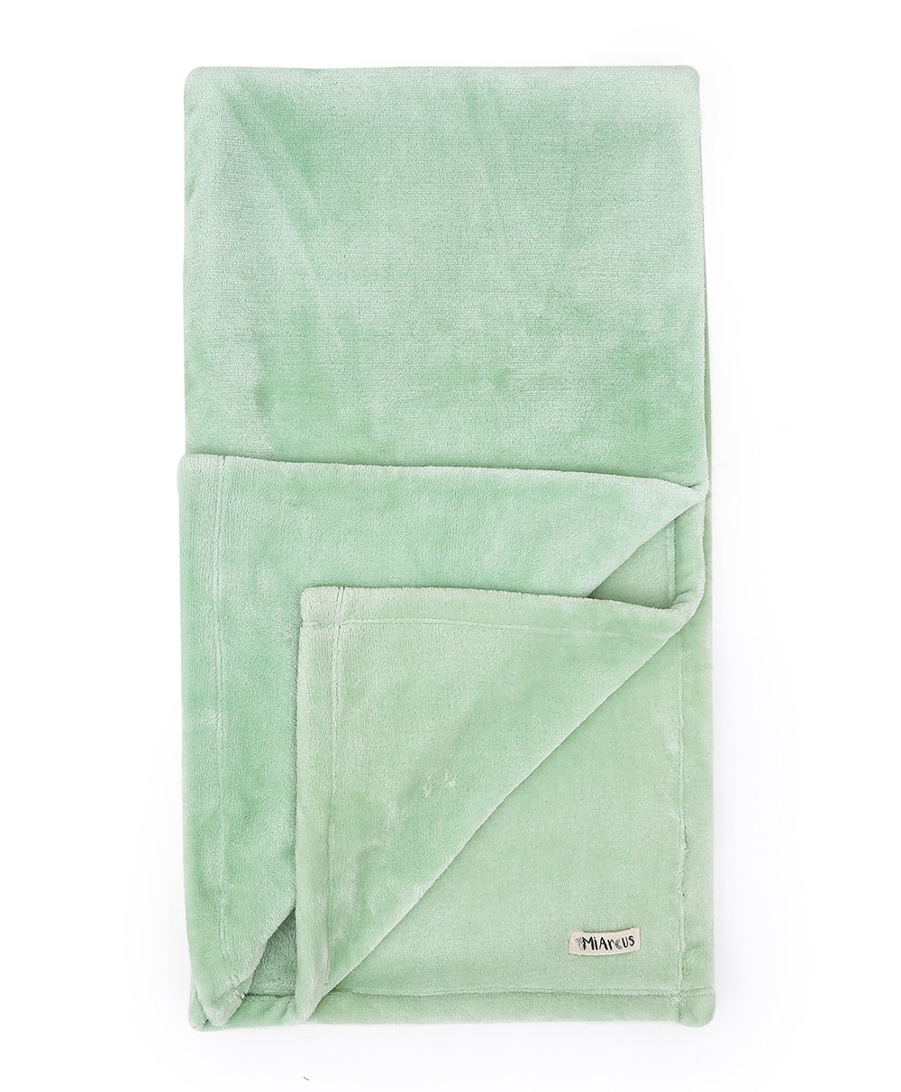 Flurry Knitted Blanket-green